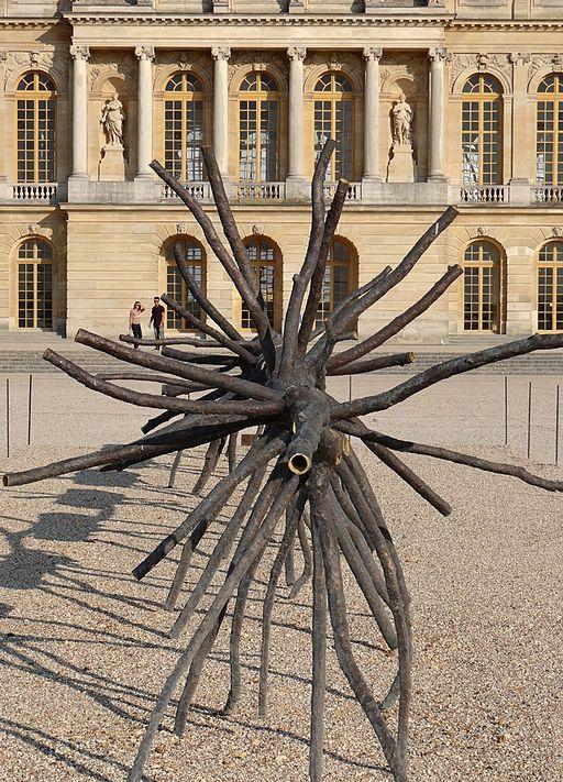 Spazio di luce / Espace de lumière 2008 œuvre de Giuseppe Penone devant le château de Versailles Bronze