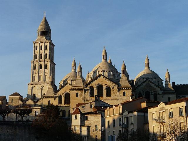 La cathédrale Saint-Front vue depuis le sud-est, Périgueux, Dordogne, France