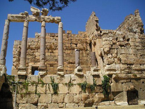 Propylées du temple de Jupiter